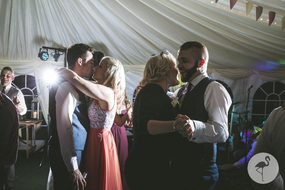 Huntstile-Organic-Farm-wedding-photography-104