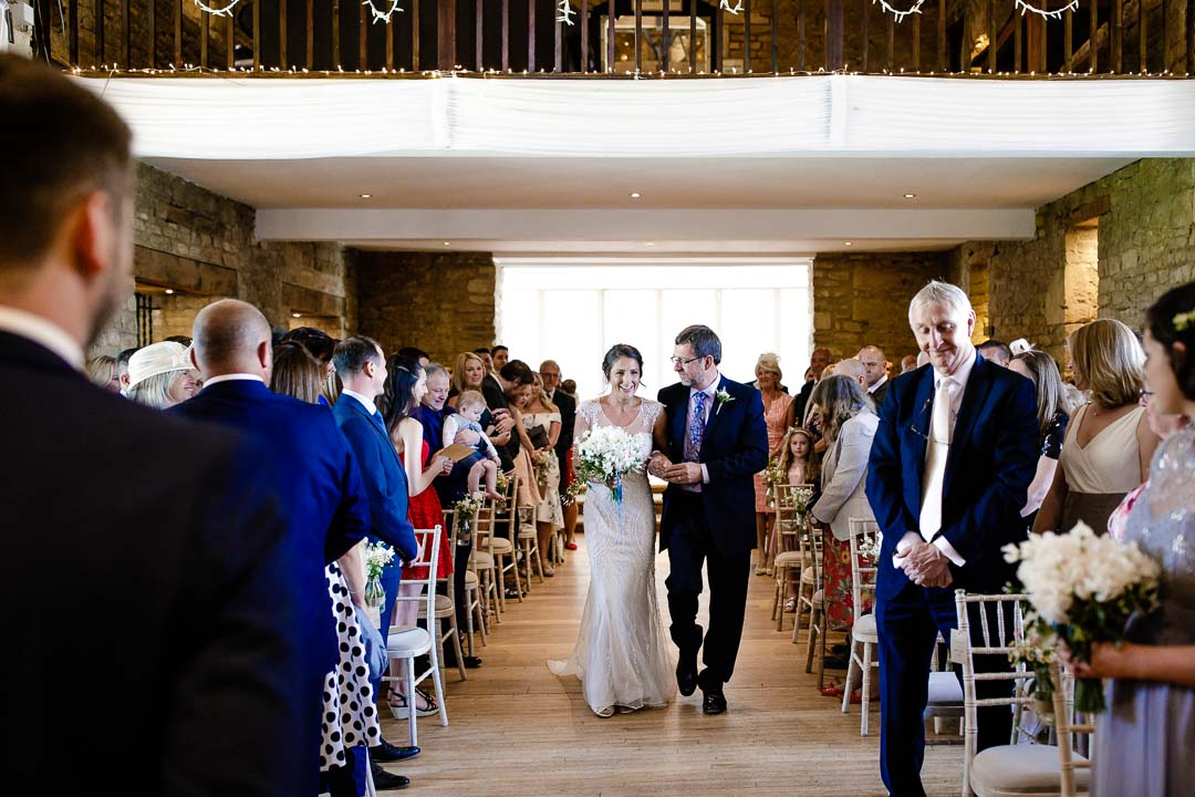 bride walking down the ailse